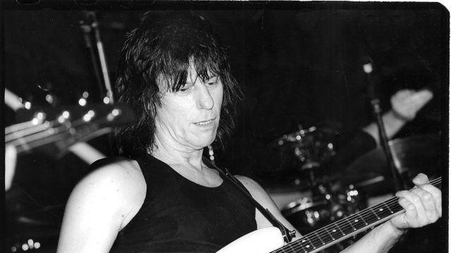 Jeff Beck at SXSW 1999. Photo by Martha Grenon.