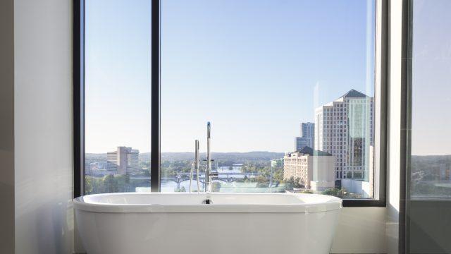 King Spa Suite - Austin Skyline