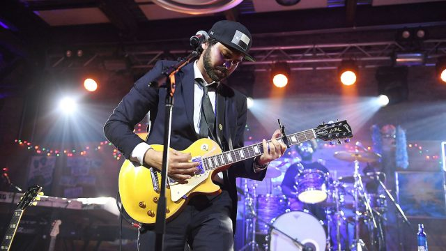 2017 SXSW Showcasing Artist Shakey Graves & The Roots