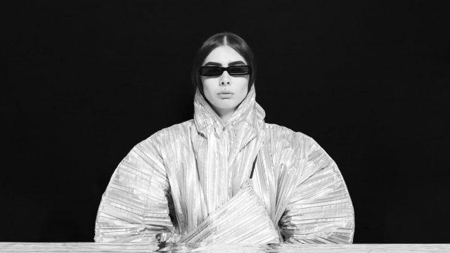 Olivia Neutron-John - Photo by Jen Dessinger