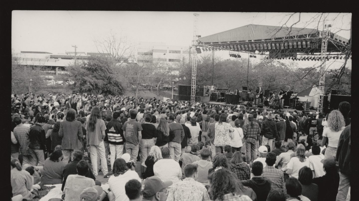 Outdoor Stage - SXSW 1999 - Photo by Shelley Rutledge