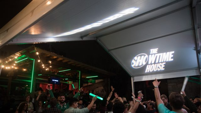 Showtime House SXSW, Clive Bar