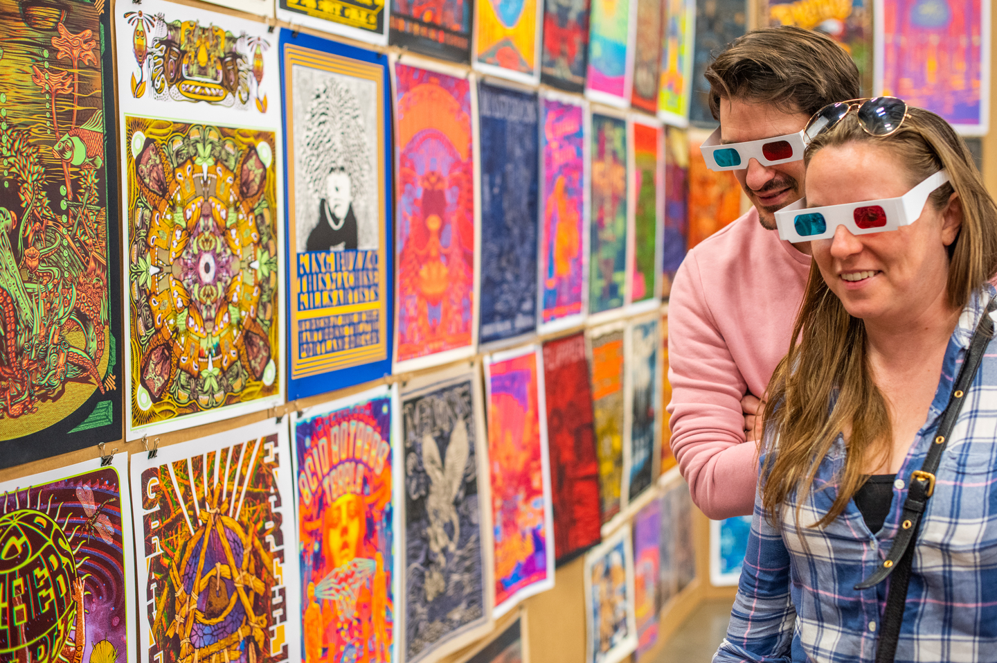 Presented by the American Poster Institute (API), Flatstock displays the works of the world's top gig poster artists. The show features posters of varying styles, colors, and techniques for sale by the talented artists who created them.