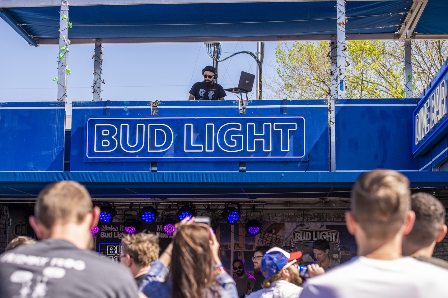 Bud Light Dive Bar – Photo by David Brendan Hall