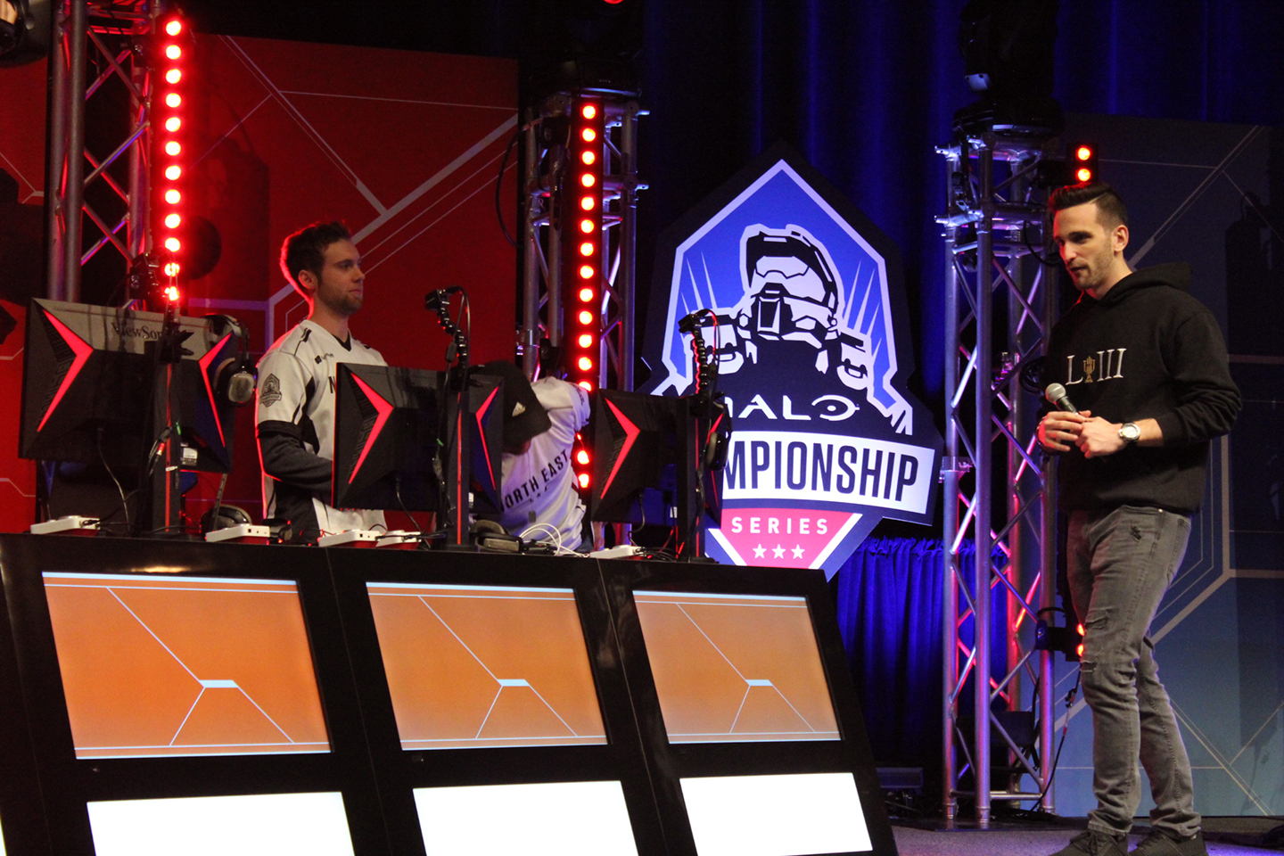 The Halo Championship Series Invitational began at the SXSW Gaming Tournament Stage.
