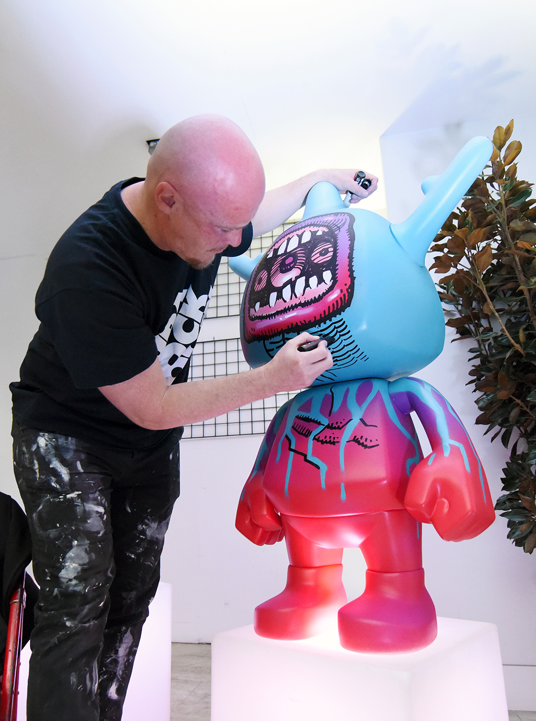 Dan Lish draws live at the SXSW Gaming Opening Party during the 2019 SXSW Conference and Festivals at The Main – Photo by Dave Pedley/Getty Images for SXSW