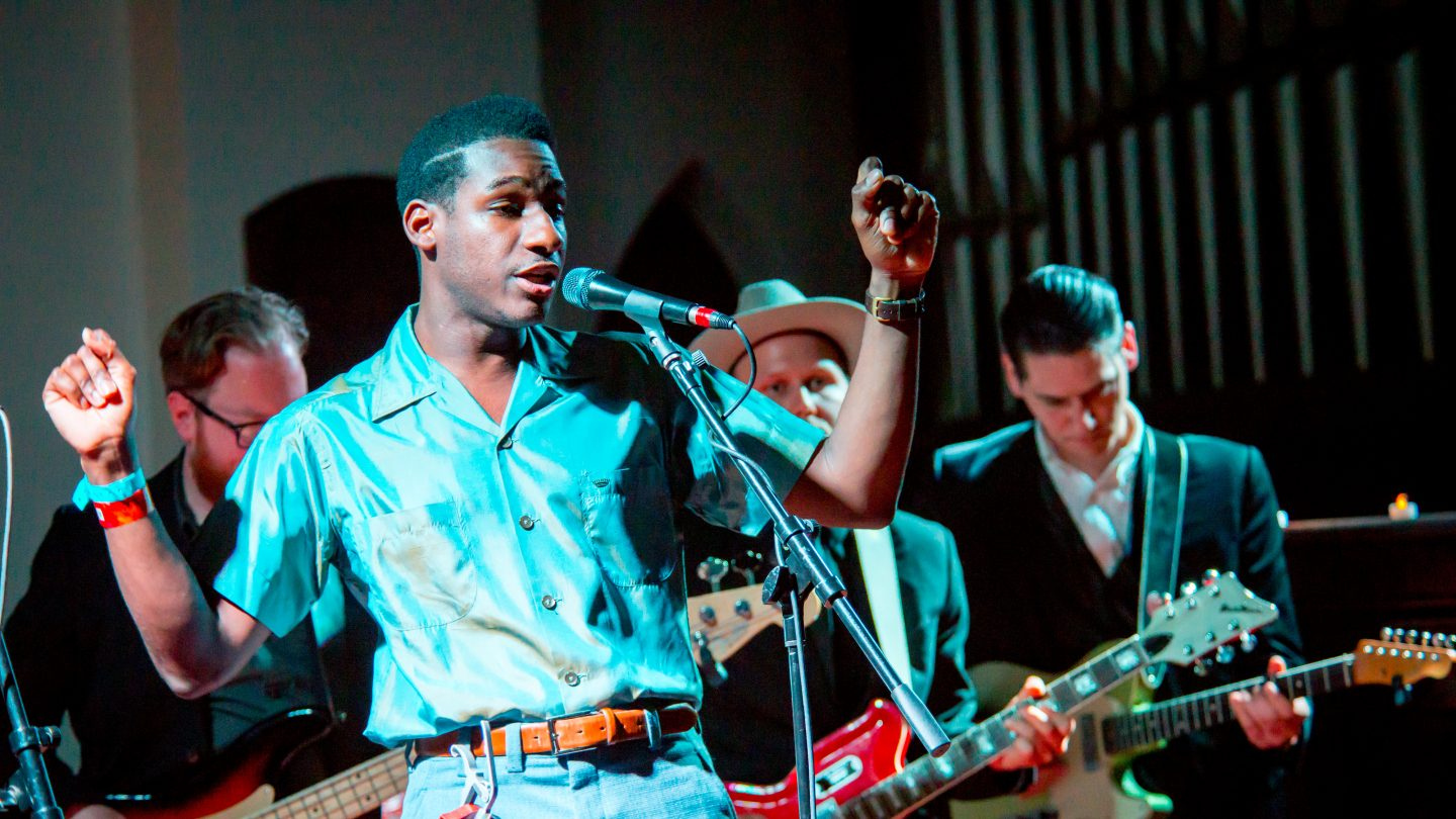 Leon Bridges - Photo by Shelley Hiam