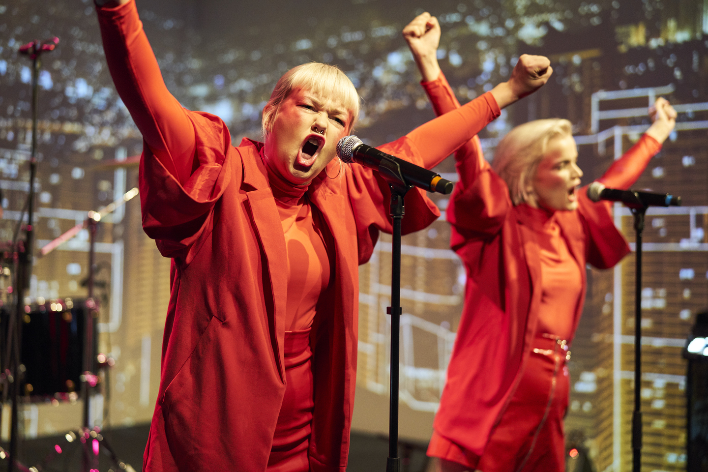 The Magnettes at the opening party. Photo by Richard Pflaume/Daimler AG
