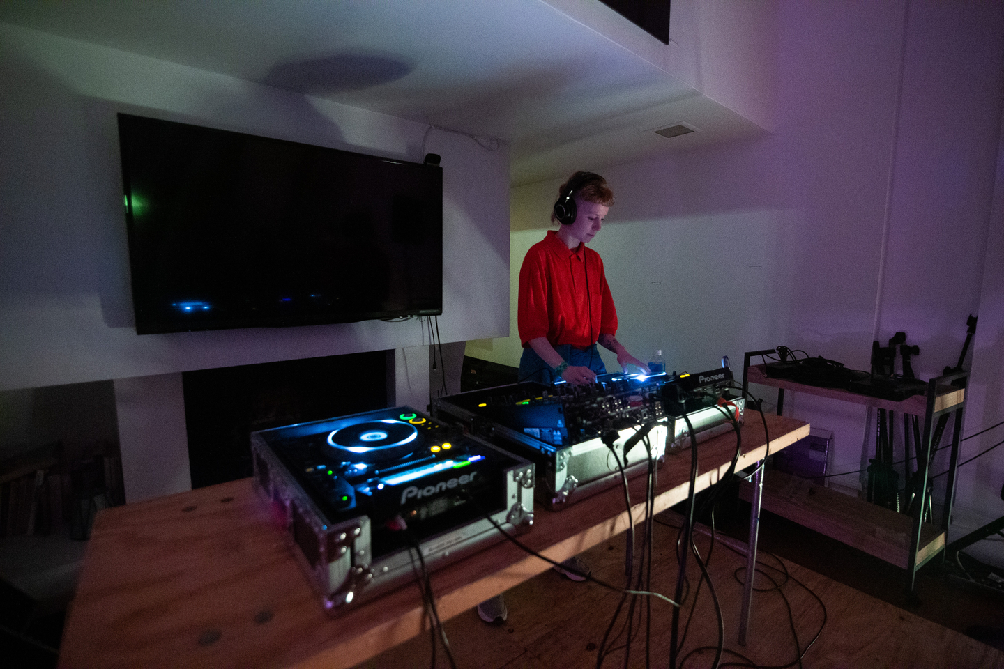 Catnapp DJ Set at Graeber House, presented by German Haus – Photo by Alexa Gonzalez Wagner