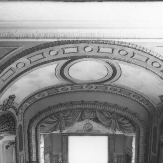 Majestic stage in 1915